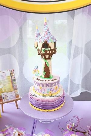 Tangled Rapunzel Cake  - Cake by Ling KittyBakes