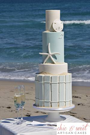 Beach Cake - Cake by Chic & Sweet Artisan Cakes