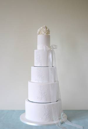 Claire - Cake by Amanda Earl Cake Design