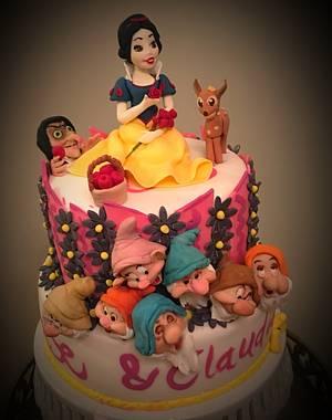 My girls birthday cake!  - Cake by Ele Lancaster