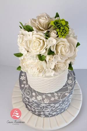 Elegant wedding cake - Cake by Cesar Renteria Cakes