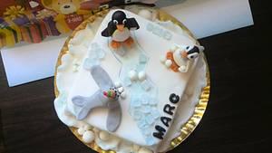 pingu - Cake by cristinabadea2008