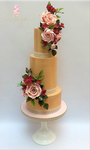 Autumn Wedding Cake - A rose symphony  - Cake by Seize The Cake