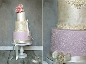 Vintage wedding cake.. - Cake by Lorna