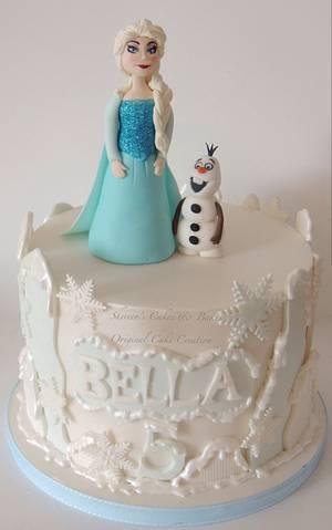 Elsa & Olaf - Cake by Shereen