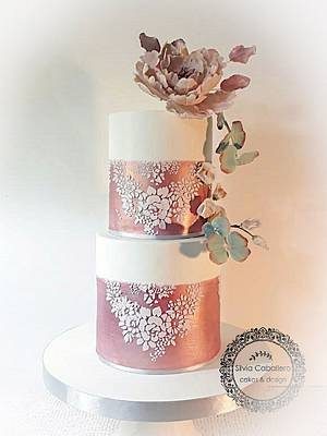 Rose gold for Julieta - Cake by Silvia Caballero