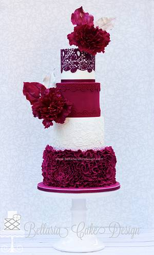 Burgundy ruffles wedding cake - Cake by Bellaria Cake Design