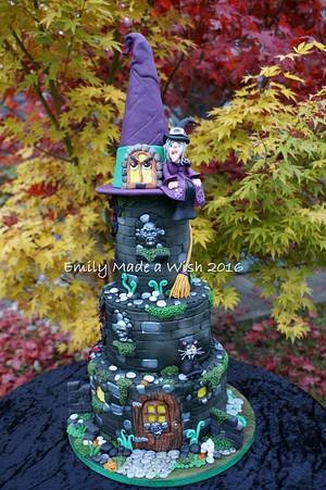 The Witches House - Cake by Emilyrose