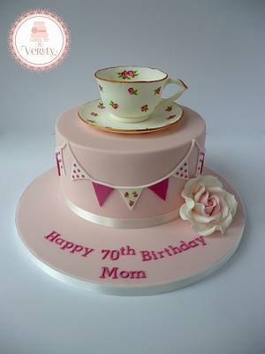 Pretty Cup and Saucer - Cake by Cakes by Verity