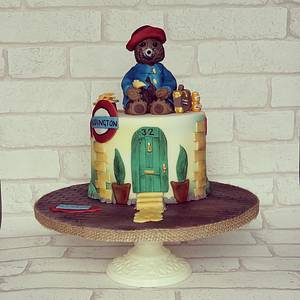 Paddington Bear Cake - Cake by Lilli Oliver Cake Boutique
