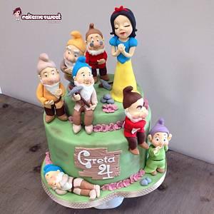 Snowwhite cake - Cake by Naike Lanza