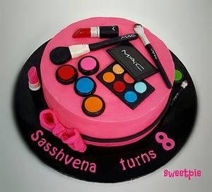 Make up cake - Cake by sweetpiemy