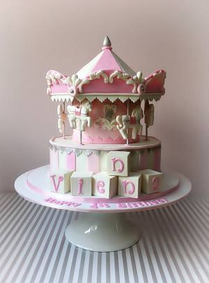 A caroussel for Vienna - Cake by Dream Cakes by Robyn