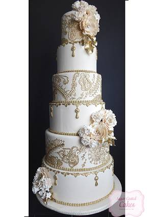 My Big Fat Indian Wedding - Cake by sasha