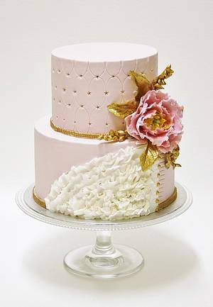 Gold and pink. - Cake by Sannas tårtor