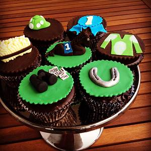 Melbourne Cup cupcakes - Cake by Kelly