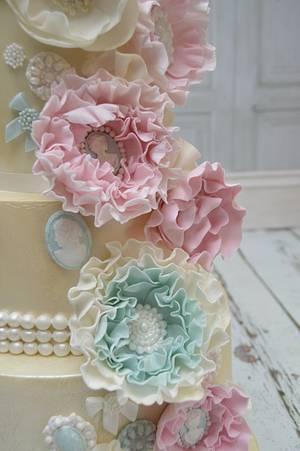 Vintage Ivory Wedding Cake - Cake by Lulu Belles Cupcake Creations