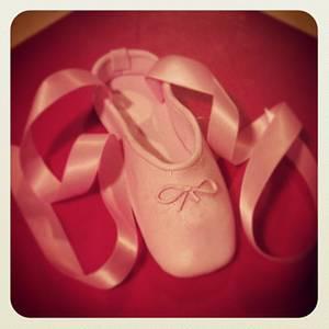Ballet Slipper Topper - Cake by Jeana Byrd