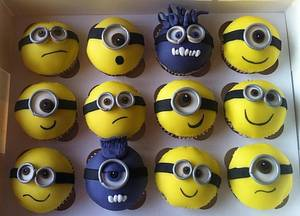 Despicable Me 2 Minion cupcakes :)  - Cake by Carrie