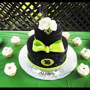 Sweet 16 - Cake by Sarah Ono Jones