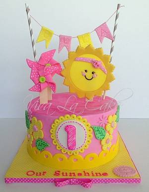 You are my sunshine!!!  - Cake by Joly Diaz