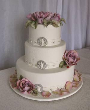Rose wedding . - Cake by Trine Skaar
