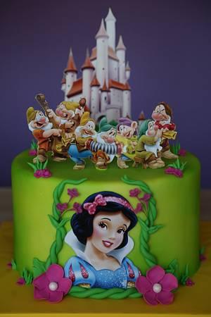 Snow White cake - Cake by Zaklina
