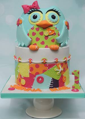 Bright Owl, Buttons and Patchwork - Cake by Shereen