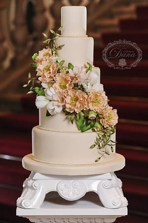 Flowers wedding cake - Cake by Cofetaria Dana