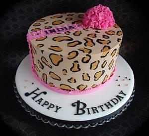 Animal print pom pom cake - Cake by CupcakesbyLouise