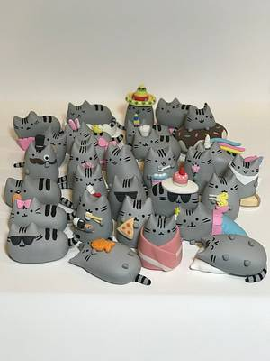 Pusheen cupcake toppers - Cake by cakesbylucille