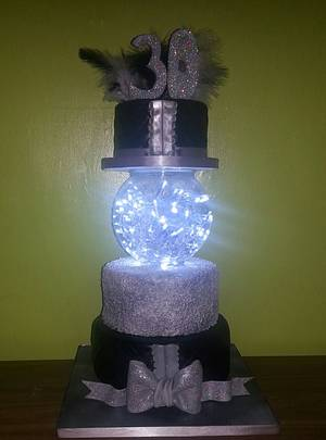 sequins and glam - Cake by Makeala
