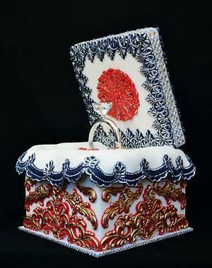 Ring Cake Box Cake - Cake by Lea's Sugar Flowers