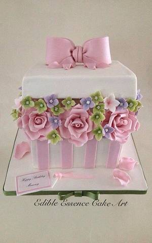 Flower Box - Cake by Edible Essence Cake Art