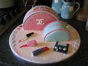 Make-up bags - Cake by Deborah Cubbon (the4manxies)