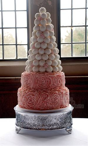 Ruffle cake with tower of cake balls - Cake by CupcakesbyLouise