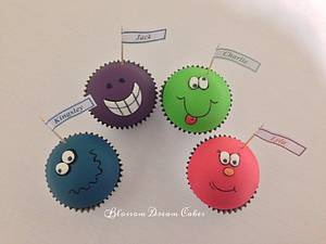 Funny faces - Cake by Blossom Dream Cakes - Angela Morris