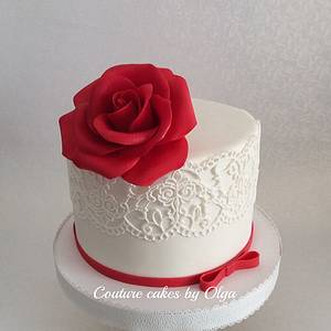 Red rose cake - Cake by Couture cakes by Olga