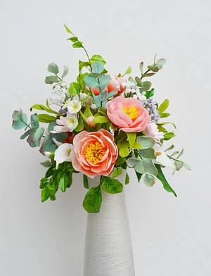 Soft colours Spring arrangement - Cake by Catalina Anghel azúcar'arte