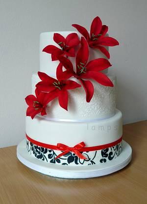 Wedding cake - Cake by lamps