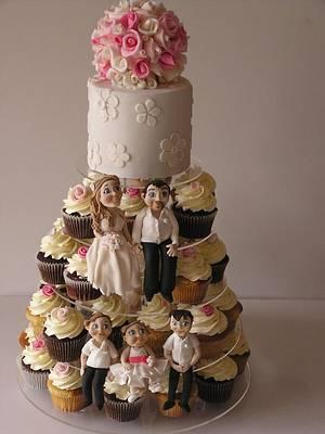 Family wedding - Cake by Louisa Massignani