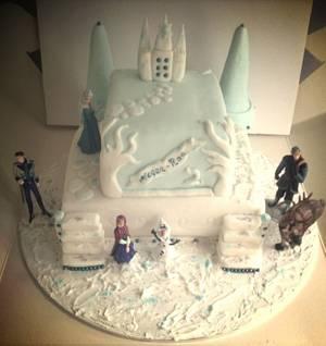 Frozen  - Cake by Marie