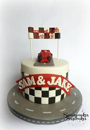 Racing Car Cake - Cake by Spongecakes Suzebakes