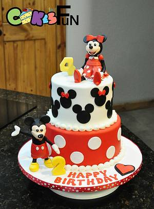 Mickey and Minnie - Cake by Cakes For Fun