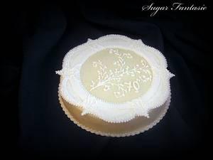 Royal icing collar cake - Cake by Ildikó Dudek