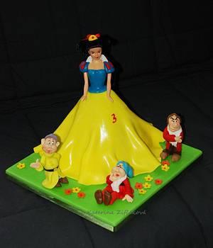 Snowwhite and seven dwarves - Cake by katarina139