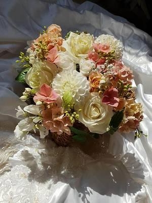 Love is...  - Cake by Val / Vananas Bakery