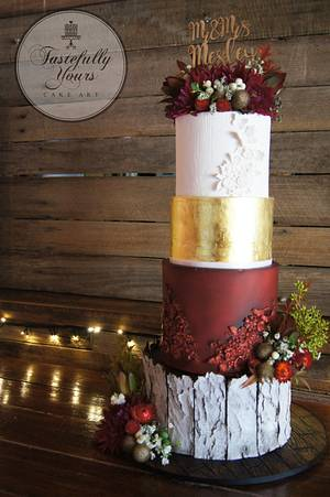 Rustic wedding - Cake by Marianne: Tastefully Yours Cake Art