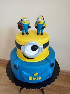 Minions cake - Cake by Gabriela Doroghy