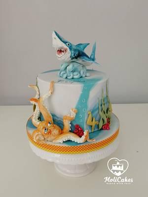 Shark  - Cake by MOLI Cakes
